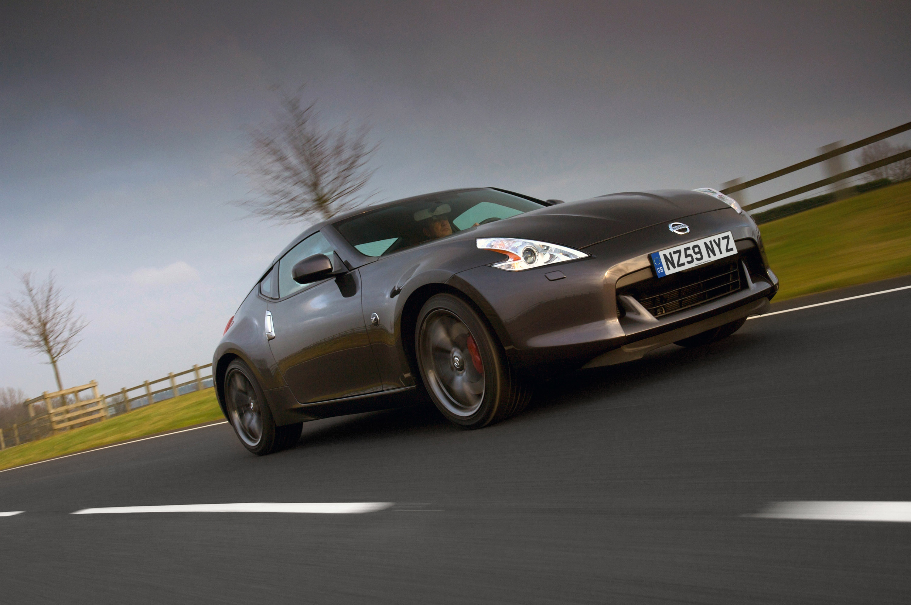 nissan 370z automatic or manual
